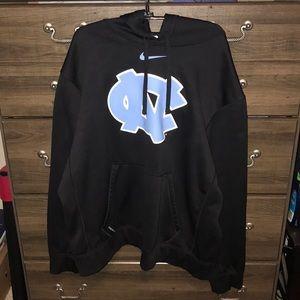 North Caroline Nike sweatshirt